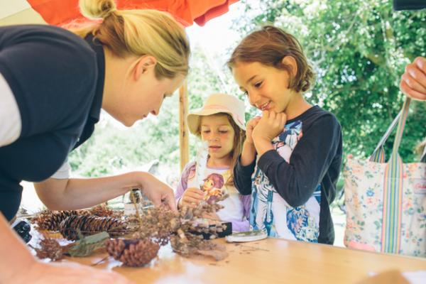 Family Craft Event Arboretum 4